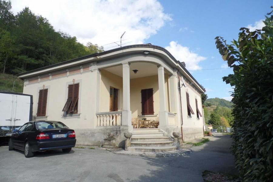 Villa With Pool Perpoli Castelnuovo Di Garfagnana